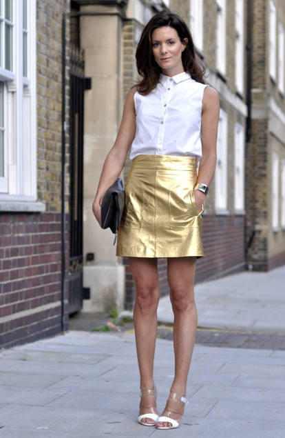 Golden skirt shoes
