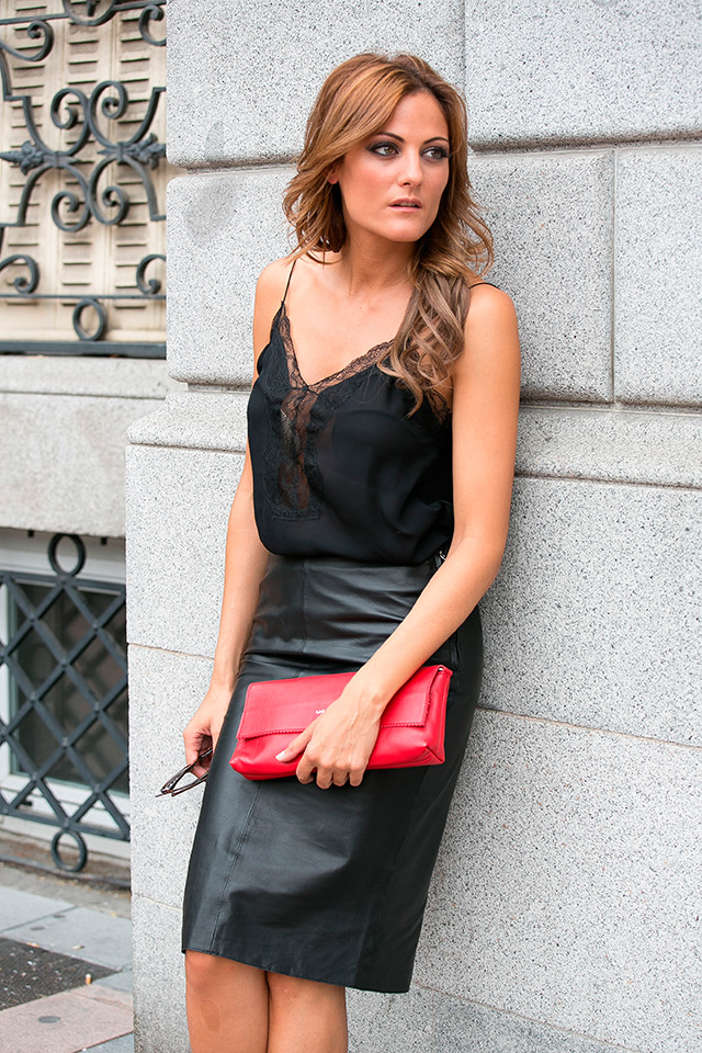 Leather Skirt with Accessories