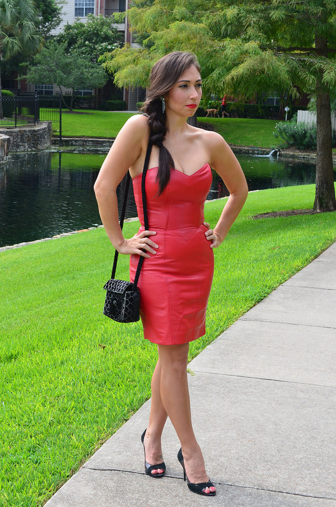 Monochrome Leather Outfit Skirt Red